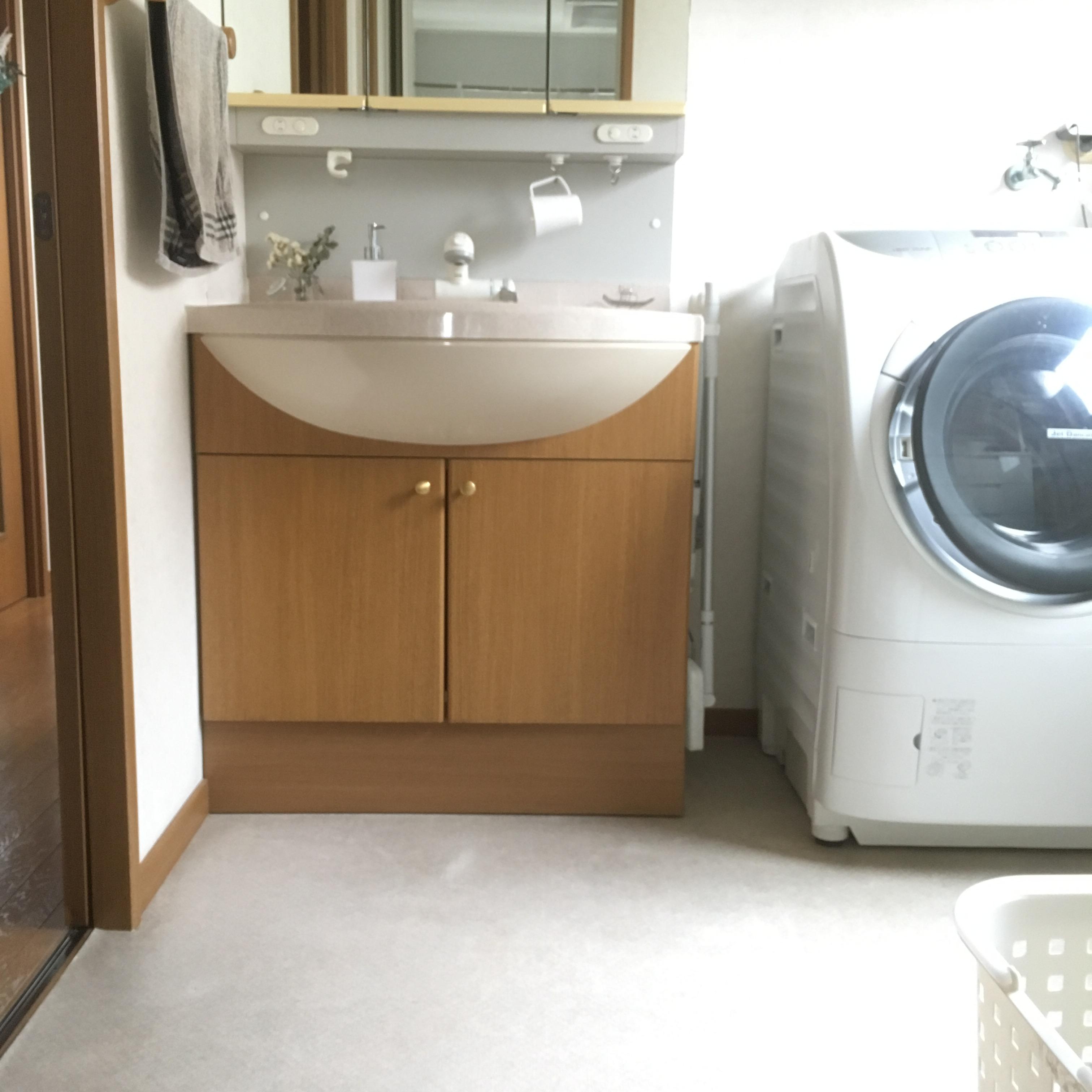 洗面所収納の扉はない方が楽チン
